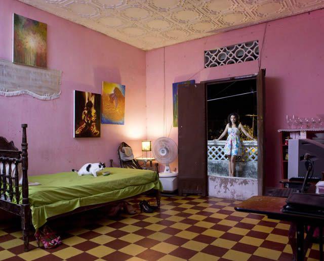 Habitaciones de mujeres jóvenes en todo el mundo 17