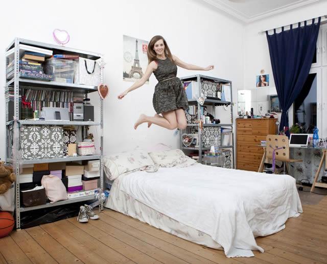 Habitaciones de mujeres jóvenes en todo el mundo 22