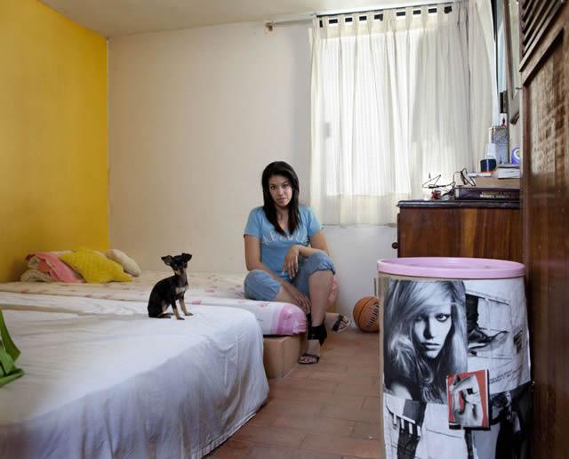 Habitaciones de mujeres jóvenes en todo el mundo 32