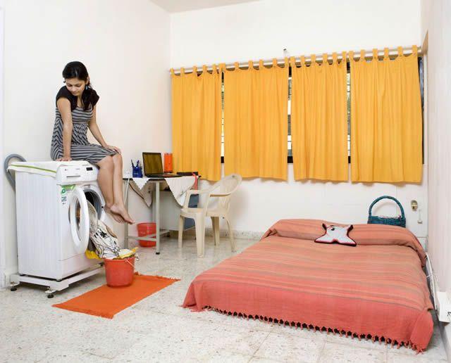 Habitaciones de mujeres jóvenes en todo el mundo 36