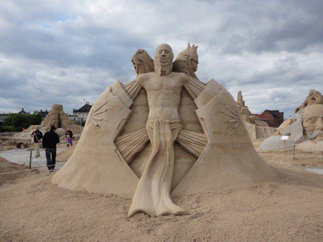 Esculturas arena Guy-Olivier Deveau (14)