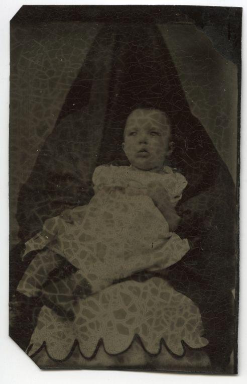 Madres invisibles fotografia antigua (1)