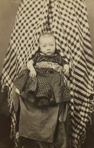 Madres invisibles fotografia antigua (7)