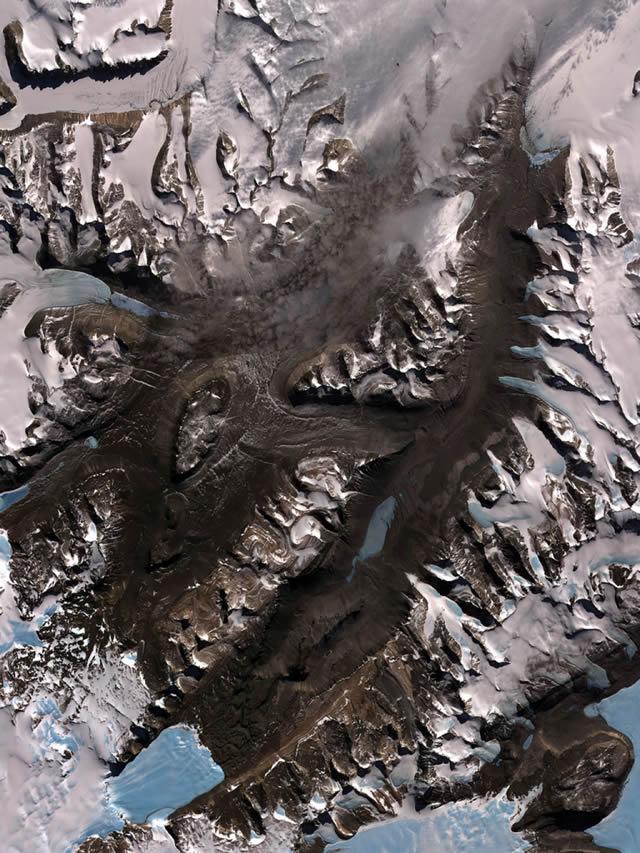 Lugares extraterrestres en el planeta Tierra 45