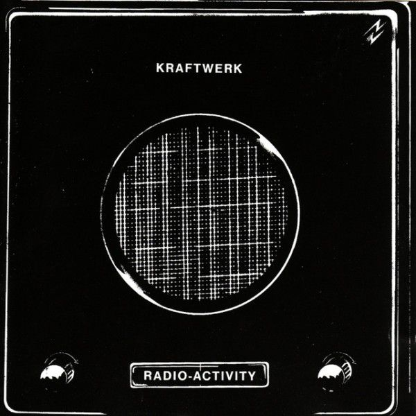 Kraftwerk – Radio Activity