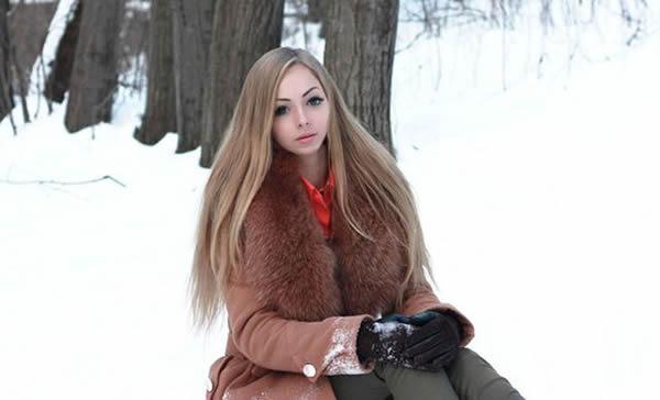 Alina Kovalevskaya Barbie (24)