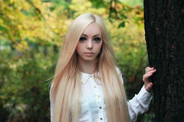 Alina Kovalevskaya Barbie (17)