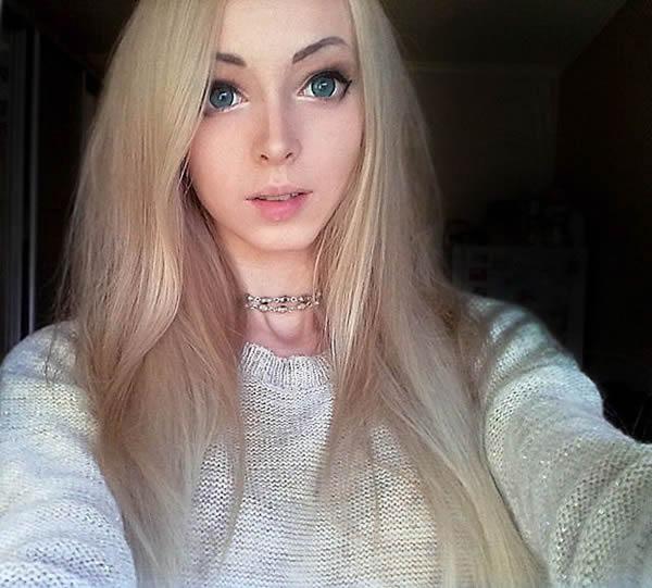 Alina Kovalevskaya Barbie (10)