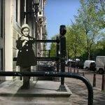 Pasado y presente se unen en serie de fotos del Ámsterdam de Ana Frank