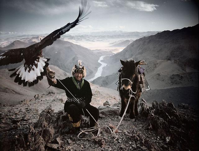 La vida de las tribus que están desapareciendo en todo el mundo 03