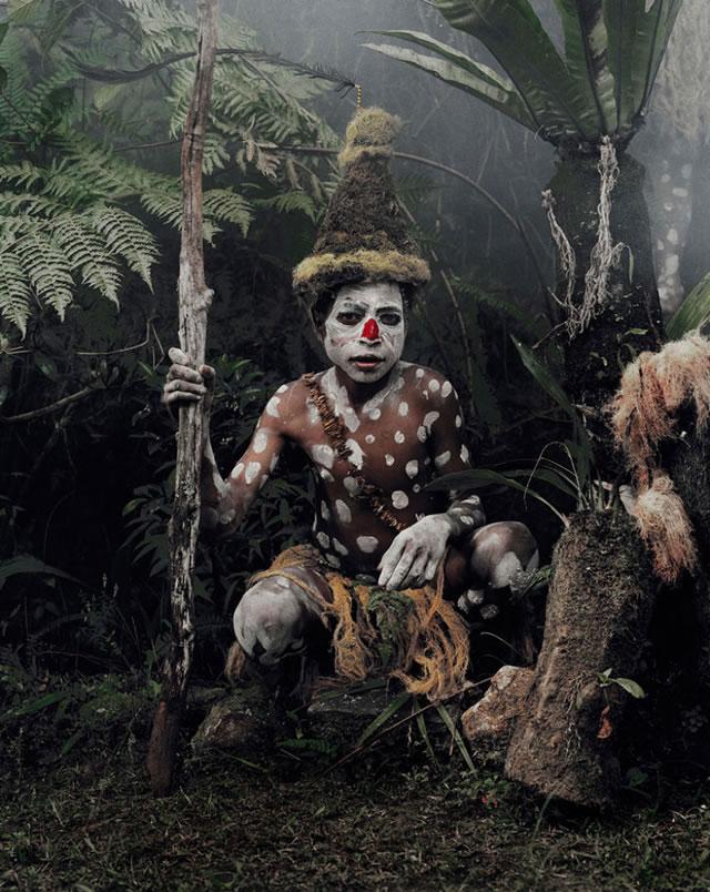 La vida de las tribus que están desapareciendo en todo el mundo 12