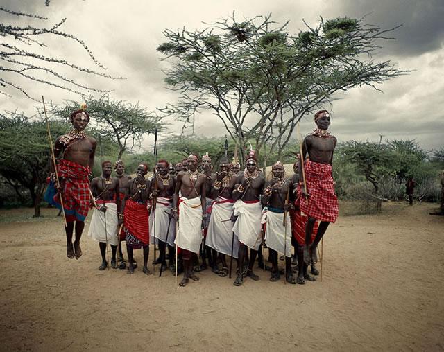 La vida de las tribus que están desapareciendo en todo el mundo 25