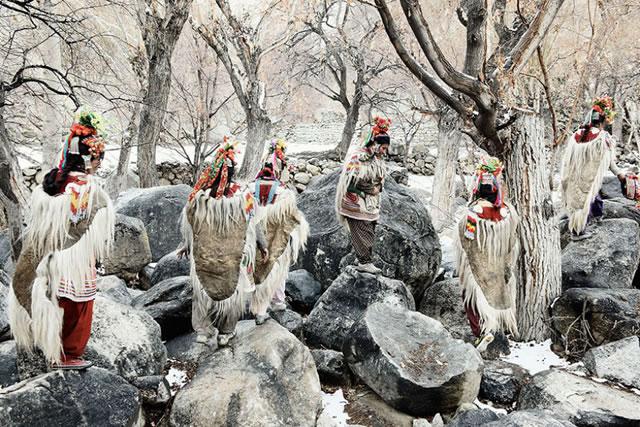 La vida de las tribus que están desapareciendo en todo el mundo 34