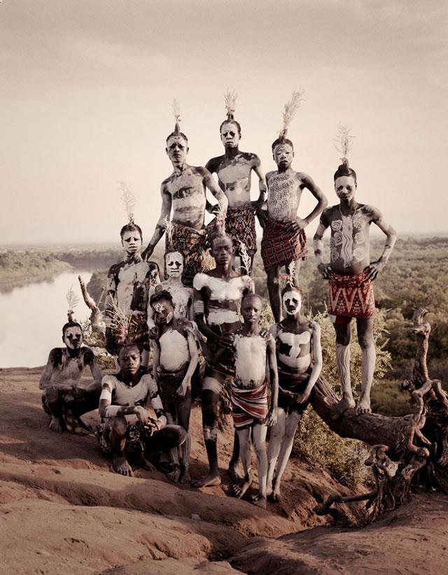 La vida de las tribus que están desapareciendo en todo el mundo 37