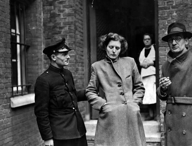 Épuration Légale martirio viudas régimen nazi (4)