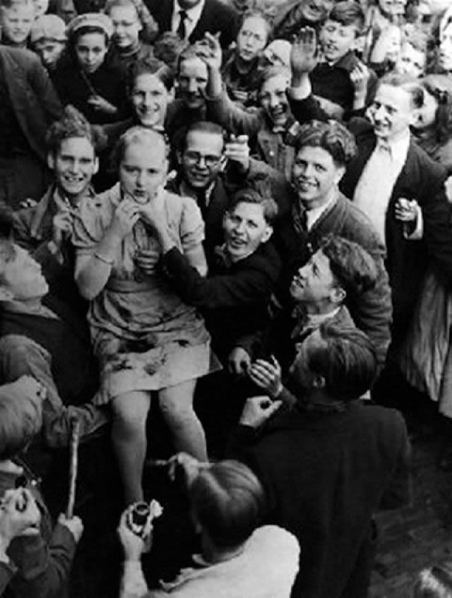 Épuration Légale martirio viudas régimen nazi (25)
