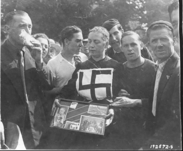 Épuration Légale martirio viudas régimen nazi (21)