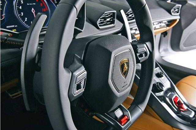 Lamborghini Huracan LP610-4 2015 (4)