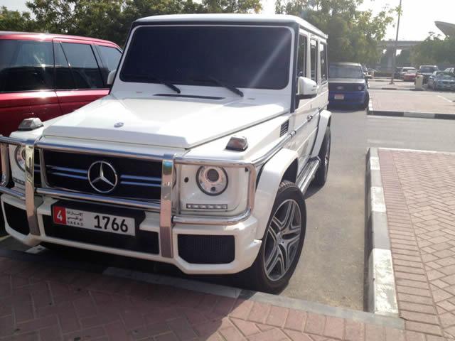 Autos lujo Universidad Americana de Dubai (46)