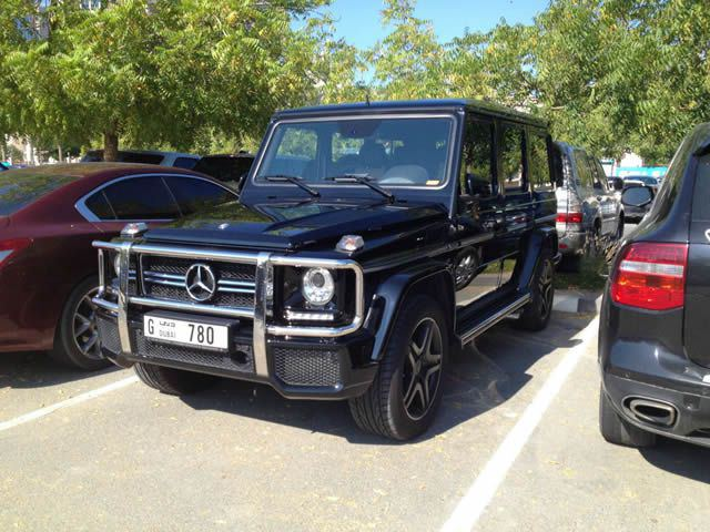 Autos lujo Universidad Americana de Dubai (30)