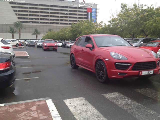 Autos lujo Universidad Americana de Dubai (47)