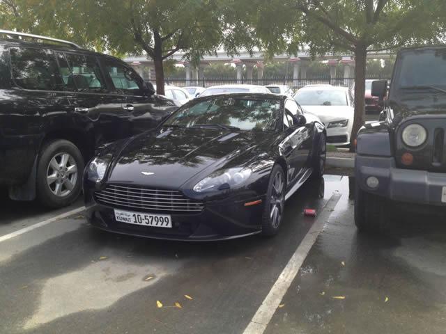 Autos lujo Universidad Americana de Dubai (51)