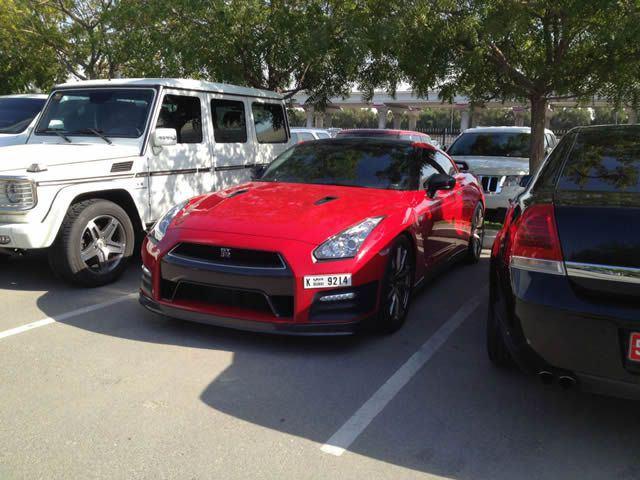 Autos lujo Universidad Americana de Dubai (39)