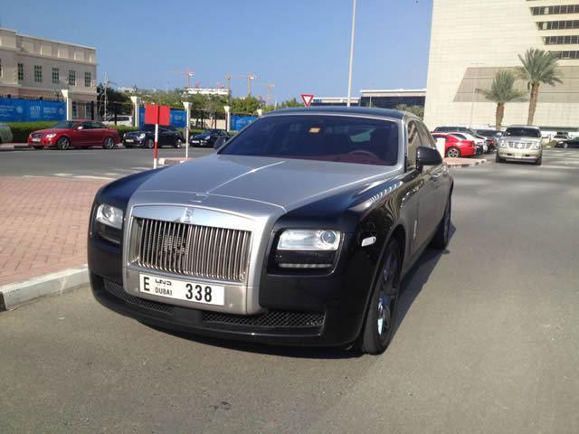 Autos lujo Universidad Americana de Dubai (17)