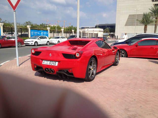 Autos lujo Universidad Americana de Dubai (16)