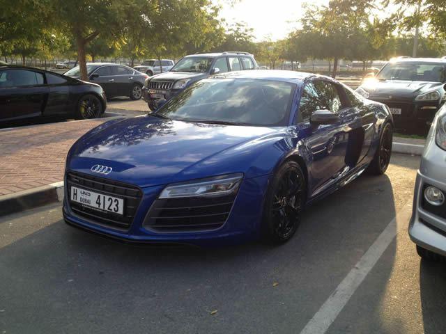 Autos lujo Universidad Americana de Dubai (15)