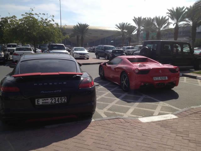 Autos lujo Universidad Americana de Dubai (56)