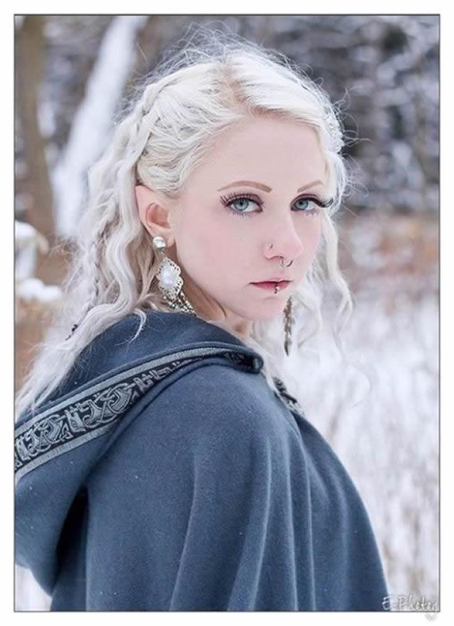 Melynda Moon (1)