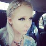 Melynda Moon y sus orejas de elfo