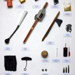 Un profesor expone objetos confiscados durante 15 años