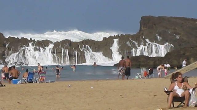 Playa Puerto Nuevo Puerto Rico (4)