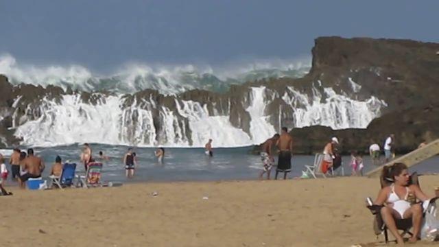 Playa Puerto Nuevo Puerto Rico (3)