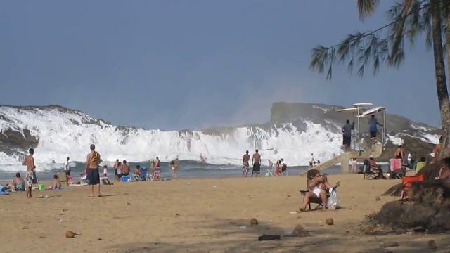 Playa Puerto Nuevo Puerto Rico (1)