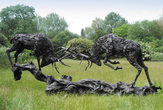 James Doran-Webb Esculturas Caballos Troncos Madera (4)