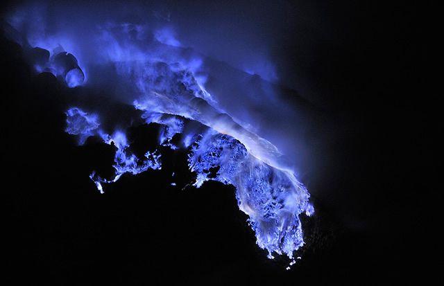 Ijen lava azul (3)