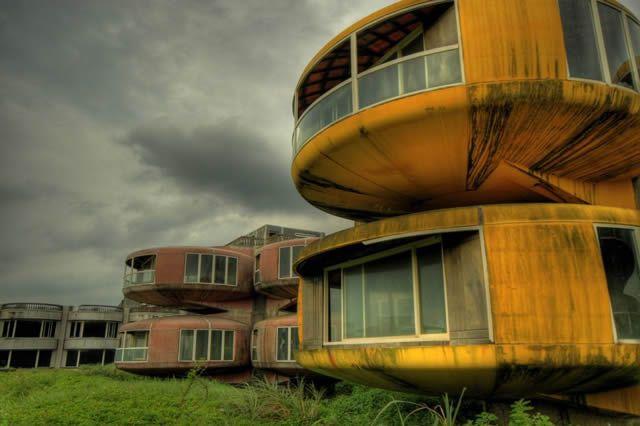 38 increíbles sitios abandonados en la tierra imposibles dejar de ver 09