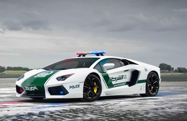 superautos patrulla en Dubái (3)