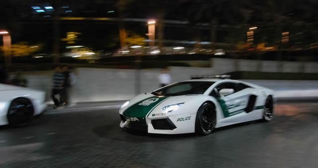superautos patrulla en Dubái (9)