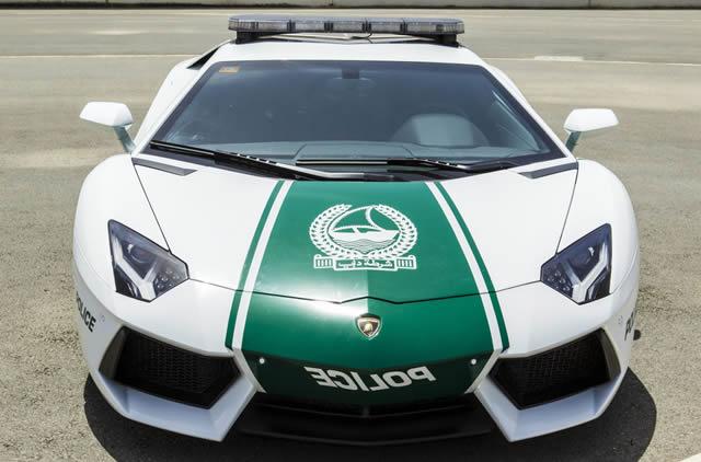 superautos patrulla en Dubái (11)