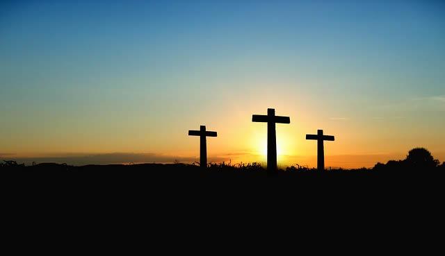 tres cruces crucifixion