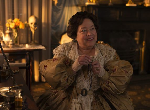 Madame Delphine LaLaurie Historia American Horror Story (1)