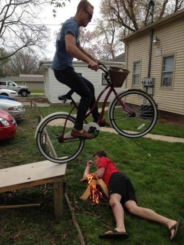 Hombres en situaciones peligrosas (14)
