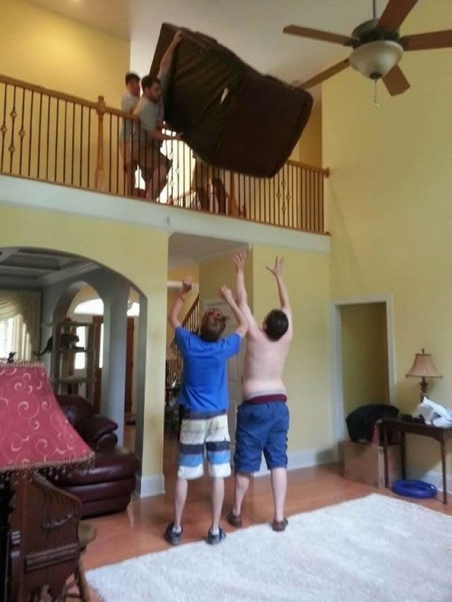 Hombres en situaciones peligrosas (21)
