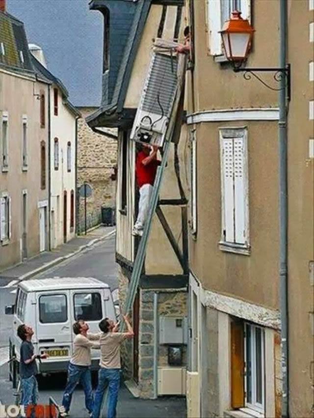 Hombres en situaciones peligrosas (24)