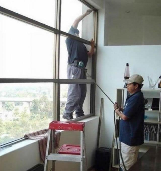 Hombres en situaciones peligrosas (29)