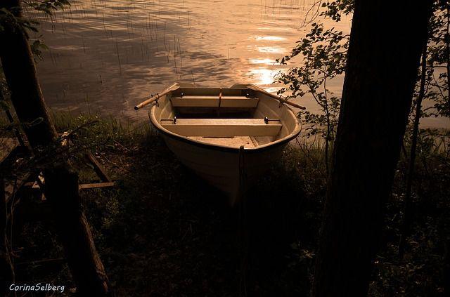 embarcacion solitaria